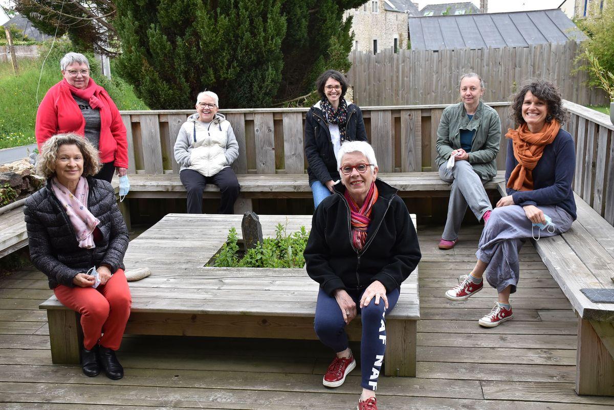 Atelier Sophro-yoga à TREMEREUC par Emeraude Sophrologie et Maud Travaglini
